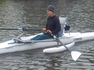 adaptable rowing boat for disabled