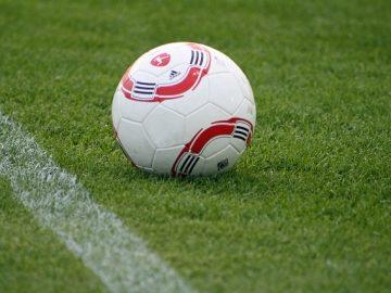 football on pirtch